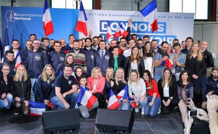 Con la delegazione esteri di Lega Giovani in Francia per incontrare Marine LePen!